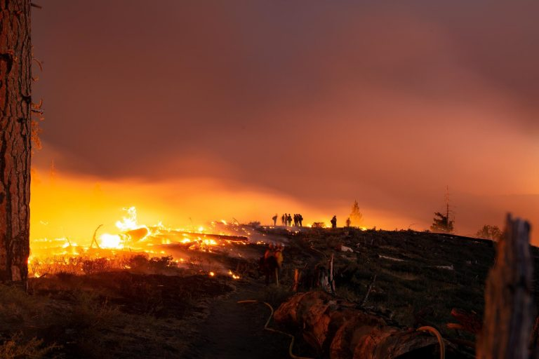 Read more about the article In Point Reyes, all ears stay glued to local radio, a beacon amid the fog of fire